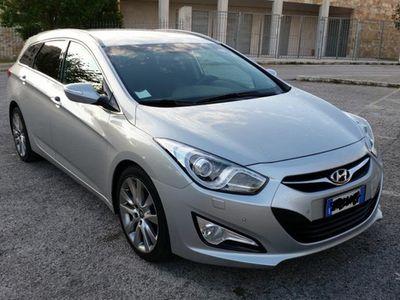 used Hyundai i40 sw - 2012 - full optional
