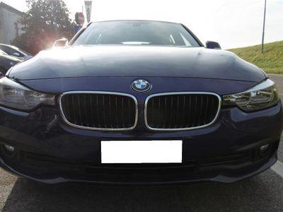 usata BMW 318 d GARANZIA INTEGRALE, km certificati NAVI,LED
