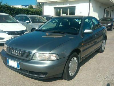 usata Audi A4 1.8i Automatica 125 CV Berlina