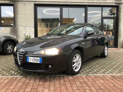 usata Alfa Romeo 147 1.9 JTD M-JET 16V TETTO*PELLE*CRUISE