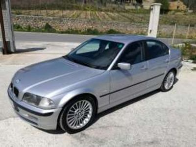 usata BMW 330 Serie 3 d turbodiesel cat 4 porte usato