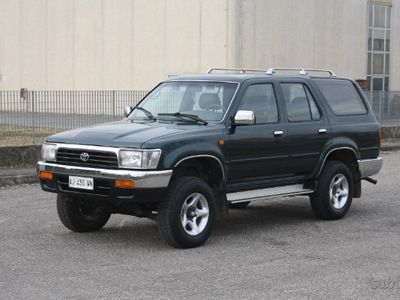 used Toyota 4 Runner 2.4 TD ISCRITTA ASI