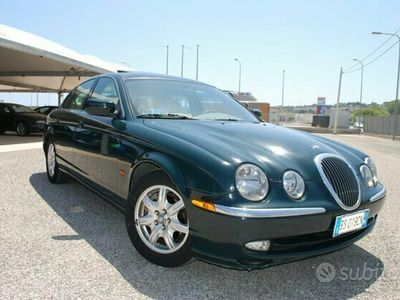 usata Jaguar S-Type 4.0 V8