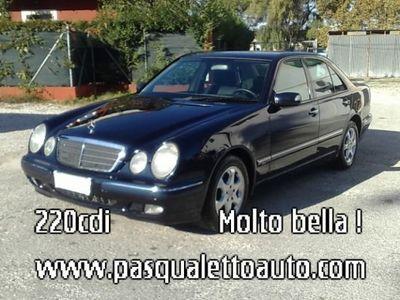 usata Mercedes E220 MOLTO BELLA ! CDI Elegance Comand
