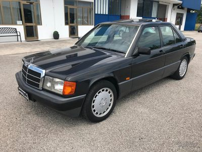 used Mercedes 190 2.0 Benz. anno 1990