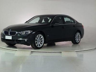 usata BMW 330e iPerformance Luxury