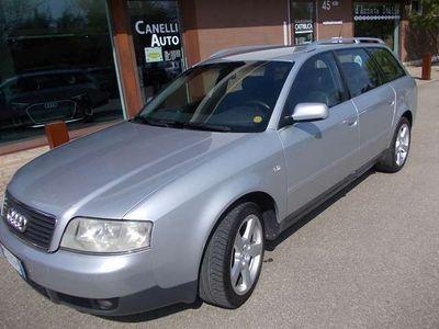 usata Audi A6 2.5 V6 TDI/180 CV cat Avant tiptronic