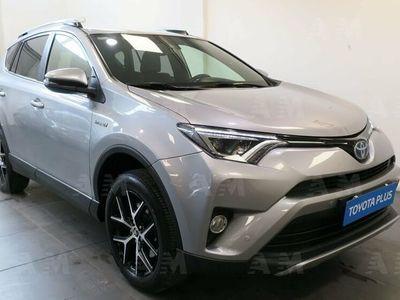 begagnad Toyota RAV4 Hybrid 2WD Exclusive del 2017 usata a Ferrara
