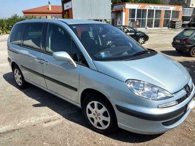 usata Peugeot 807 2.2 HDi FAP ST Mix (Autocarro con posti)