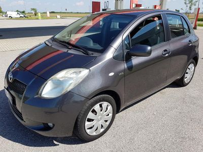 used Toyota Yaris 1.4 D-4D 5 porte Sol