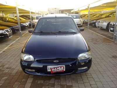 gebraucht Ford Escort 1.8 turbodiesel S.W. Ghia Station Wagon