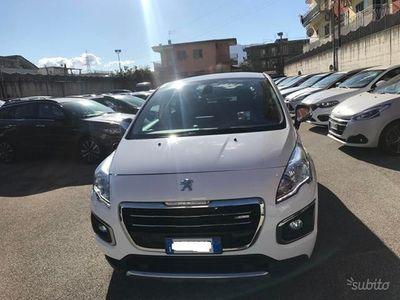 begagnad Peugeot 3008 ibrida
