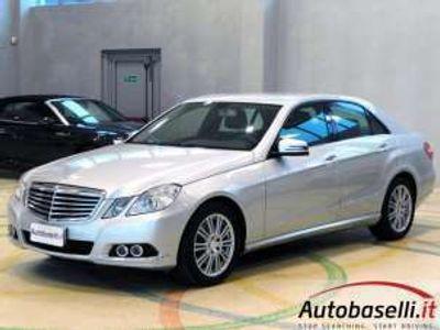 usata Mercedes E350 CLASSE4MATIC ELEGANCE BENZ/GPL