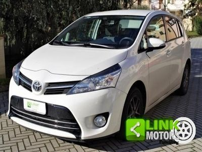 second-hand Toyota Verso 1.6 D-4D Active