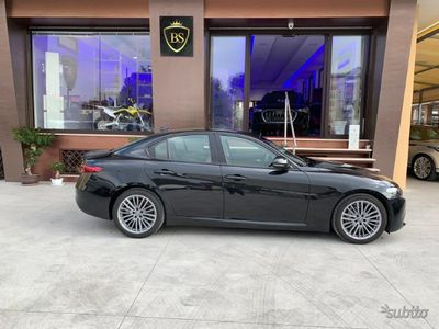 usado Alfa Romeo Giulia 2.2 TURBODIESEL 150 CV AT8 SUPER