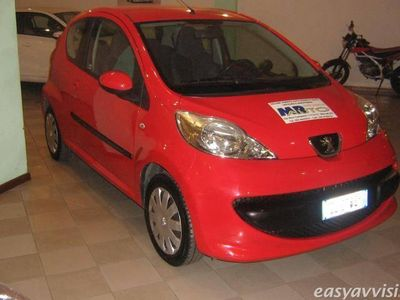 usata Peugeot 107 3p. sweet years benzina due volumi rosso