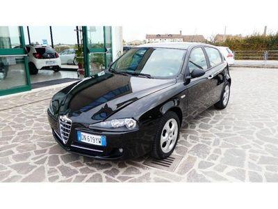 usata Alfa Romeo 147 1471.6 16V TS (105) 5 porte Distinctive