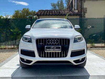 usata Audi Q7 s-line