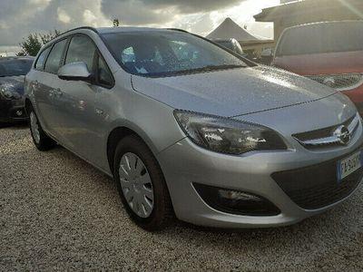 usata Opel Astra Cambio Automatico