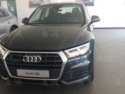 usata Audi Q5 2.0 TDI quattro S tronic Business nuova a Pratola Serra