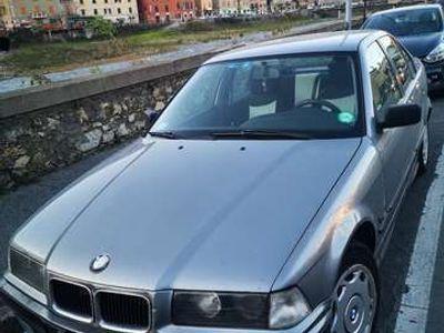 usata BMW 318 i