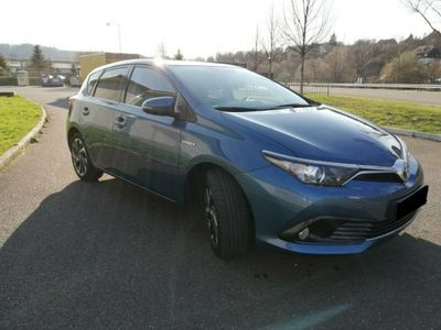 used Toyota Auris Touring Sports 1.8 Hybrid Business