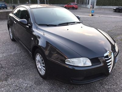 usata Alfa Romeo GT 1.9 MJT EURO 4 110 KW 150 CV