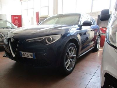 używany Alfa Romeo Crosswagon 2.0 Turbo 280 CV AT8 Q4 Executive 2.0 Turbo 280 CV AT8Executive