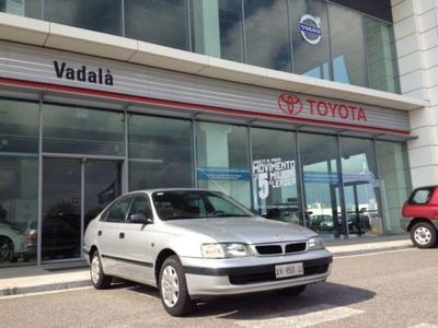 usado Toyota Carina E 1.6i 16V cat Liftback EX