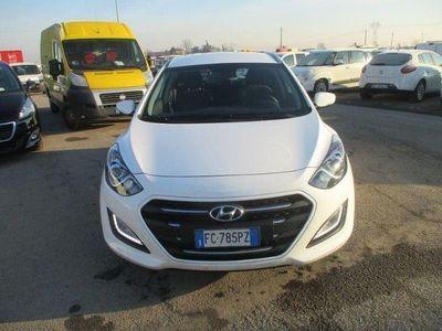 gebraucht Hyundai i30 WAGON 1.6 CRDi DCT Comfort
