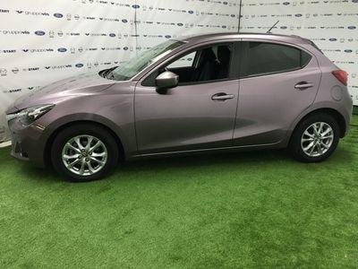 brugt Mazda 2 usata del 2015 a Saronno, Varese, Km 9.600