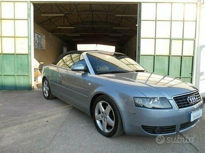 usata Audi A4 Cabriolet 2.5 tdi v6 163cv con cambio automatico