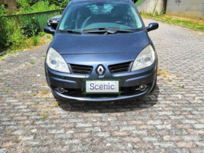 begagnad Renault Scénic Grand Scénic 1.9 dCi/130CV PlayStation Portable