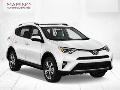 używany Toyota Dyna