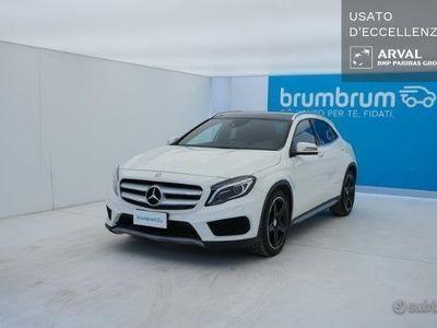 usata Mercedes GLA250 Premium 4matic 211cv