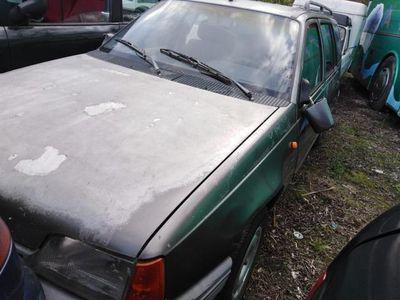 usata Opel Kadett Station Wagon 1.6 diesel 5 porte Club