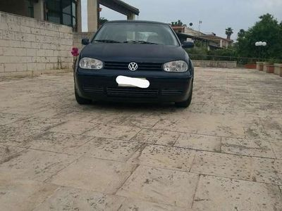 usata VW Golf 1.6/101 CV cat 5 porte highline