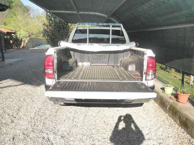 usata Toyota HiLux 2.4 D-4D 4WD 4 porte Double Cab Lo