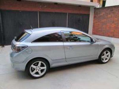 usata Opel Astra GTC 1.7 CDTI 110CV 3 porte Cosmo