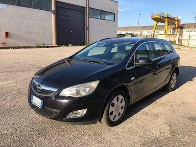 usado Opel Astra 1.7 CDTI 125CV Sports Tourer Cosmo - Leggi Descriz