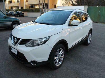 usata Nissan Qashqai 1.6 dCi 2WD Acenta Premium