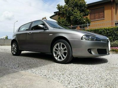 usata Alfa Romeo 1900 147 distinctivemtjet 120 2006