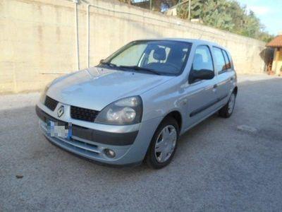 usata Renault Clio 1.5 dCi 65CV cat 5 porte