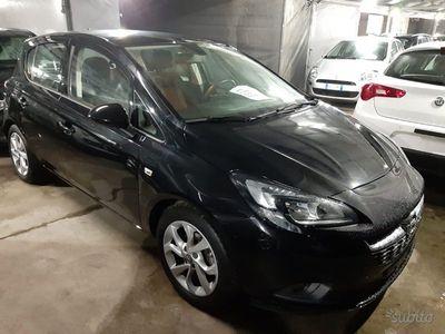 usado Opel Corsa Black Edition 1.4 - 90CV