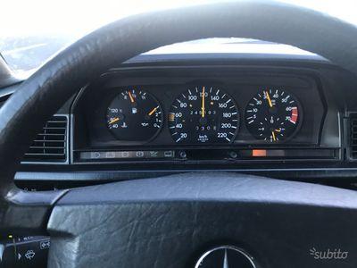 usata Mercedes 190 1.8 i.e. 1991 Metano