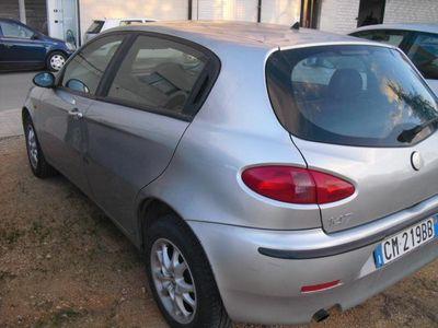 usata Alfa Romeo 147 1.9 Jtd M-jet 16v 5 Porte Dist. Usato