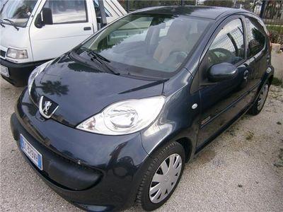 gebraucht Peugeot 107 --