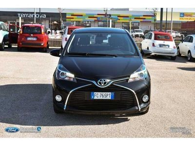 usata Toyota Yaris 1.0 Lounge 5p MY16