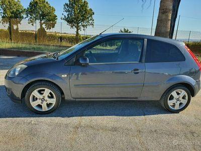 usata Ford Fiesta 1.4 Diesel 68cv 2008 Pari al Nuovo