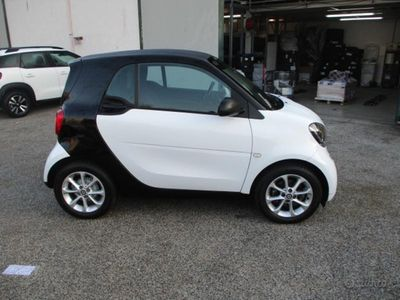 usata Smart ForTwo Coupé 1.0 52kW youngster twinamic